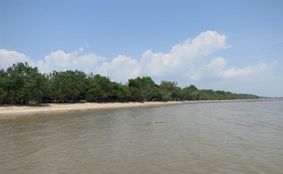 Berawe, Pantai yang Tersembunyi